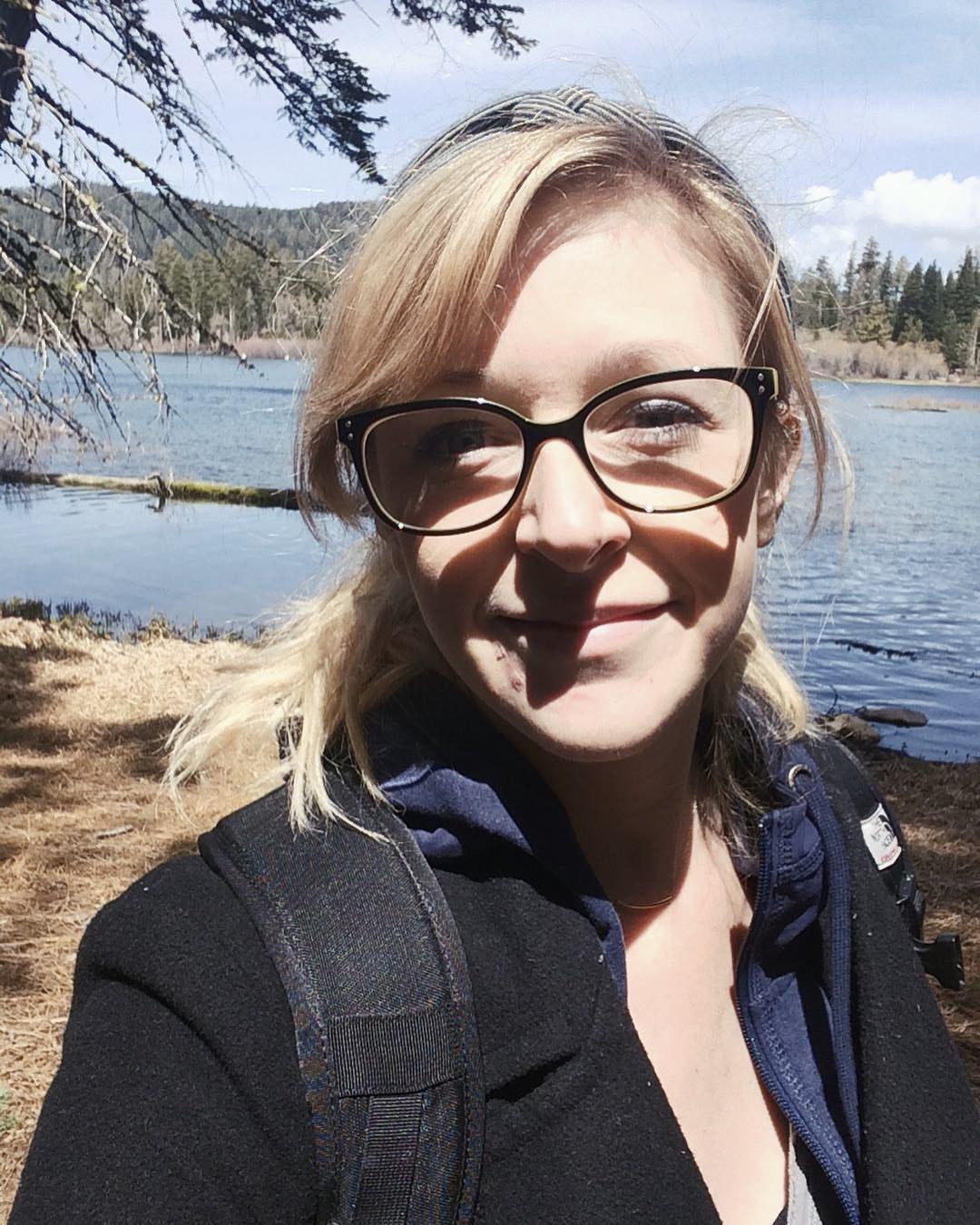 Joanna Overly hiking lifestyle